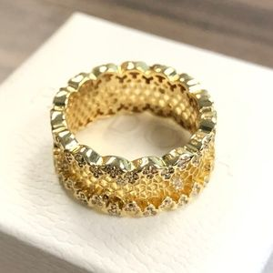 Pandora 18k Honeycomb Lace, Ring #167100CZ